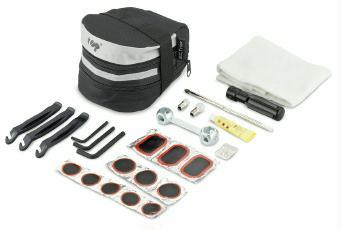 Satteltasche mit Werkzeug und Flickzeug
